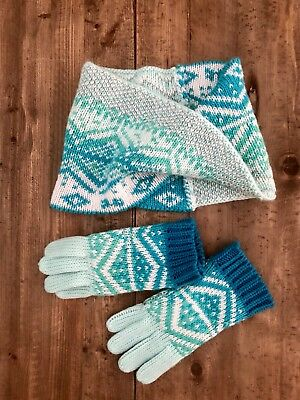 Old Navy Girls Scarf & Gloves Blue, Green Pattern S-M