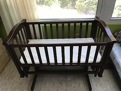Rocking Baby Crib Lockable Solid Wood Pre-owned