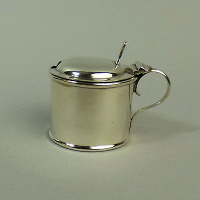 Edwardian Silver Drum Form Mustard Pot Birmingham 1904 - 52 Grams Gross