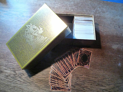 YuGiOh Karten Sammlung Set in Legendary Deck Box mit HOLOS Top