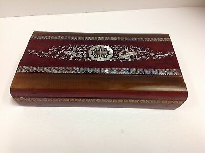 VINTAGE WOOD MOTHER Pearl inlaid ASIAN Chinese BOX