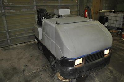"""55"""" Wide American Lincoln Sweeper Scrubber 1859 Hours"""