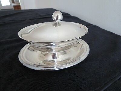 Gravy Boat and Tray  Sauce Dish   Vintage 50s