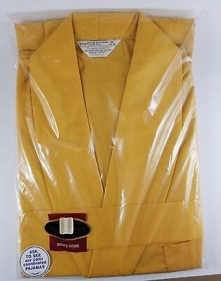 Vintage Men's Tan Yellow Towncraft Robe Penneys NEW IN PACKAGE Size Medium 38-40