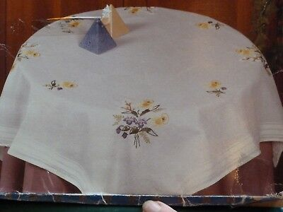 """Printed Floral Square Table Cloth Embroidery Kit 31.5"""" x 31.5"""""""