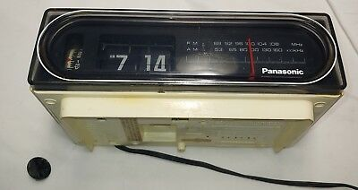 "Vintage Panasonic RC-6010 ""Back To The Future"" Lighted Flipclock AM/FM Radio"