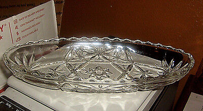 Crystal Glass Oval Shaped Dish with a 9 pointed star in Middle 8 3/4 Long