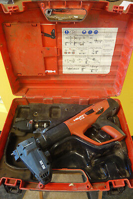 Hilti DX-460 Powder Actuated Fastner Tool w/Attachments