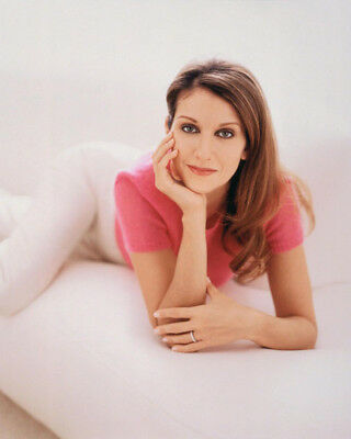 Celine Dion UNSIGNED photograph - Beautiful Canadian singer - M5924 - NEW IMAGE