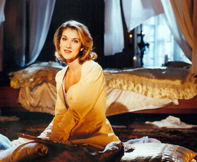 Celine Dion UNSIGNED photograph - Beautiful Canadian singer - M5926 - NEW IMAGE