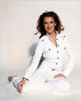 Celine Dion UNSIGNED photograph - Beautiful Canadian singer - M5937 - NEW IMAGE