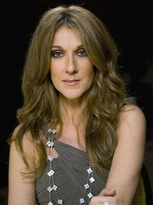 Celine Dion UNSIGNED photograph - Beautiful Canadian singer - M5939 - NEW IMAGE