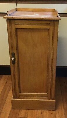 VICTORIAN PINE CHAMBER POT CUPBOARD NEEDS RESTORATION COLLECT KENT TN16 or DA2
