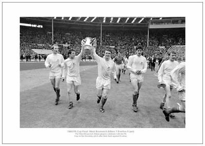 West Bromwich Albion 1968 FA Cup Final Team Photo Memorabilia (114)