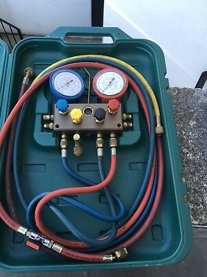 Refco 4 Way Manifold With Charging Hose