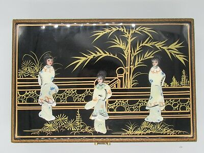 Unusual Large Black Lacquer Japanese Geisha Mother Pearl 3D Vintage Box