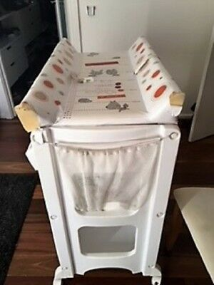 Infa Secure Cosmo Baby Bath And Change Table Centre Changer Station White
