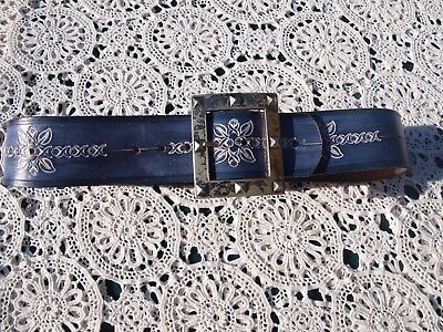 AWESOME GENUINE VINTAGE LEATHER BELT. MUST SEE.  84 & 1/2 cms IN LENGTH