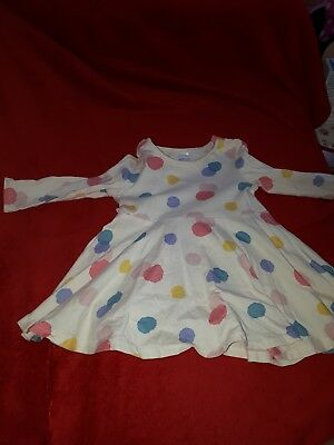 robe fille hm taille 6/9 mois