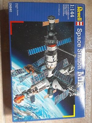 Revell 04840 MIR Space Station Raumstation 1:144 OVP TOP