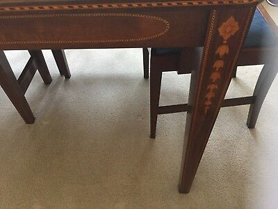 Dining Room Set - Light mahogany with bellflower string inlay