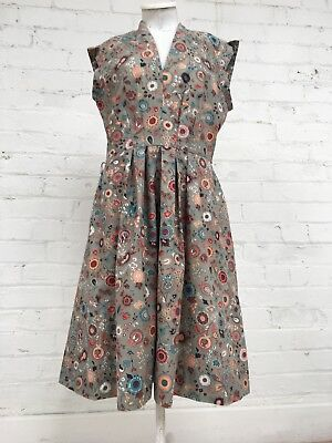 Beautiful Vintage Grey Floral 50's 60's Dress Retro Classic Style