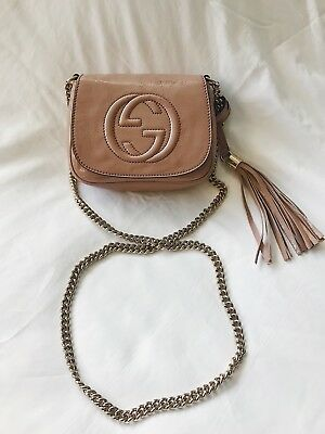 6c09eb296c9 GUCCI Soho Small Patent Leather Chain Crossbody Bag Nude Pink  980 Authentic
