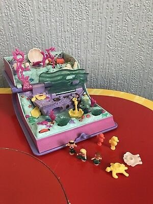 Polly Pocket Sparkling Little Mermaid Adventure Play set 90's toy Comple