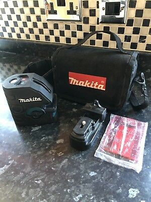 Makita SK104Z Laser Level, Only Used Several Times