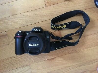 Nikon D D50 6.1MP Digital SLR Camera, accessories and camera bag