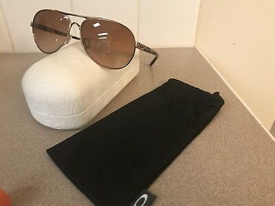 Oakley Feedback Aviator Rose Gold VR50 Brown Gradient Sunglasses oo4079-01 $153