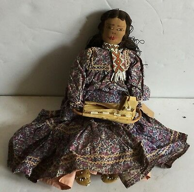 c1920-40's Native American Beaded Doll Hoding Cradle Moccasins