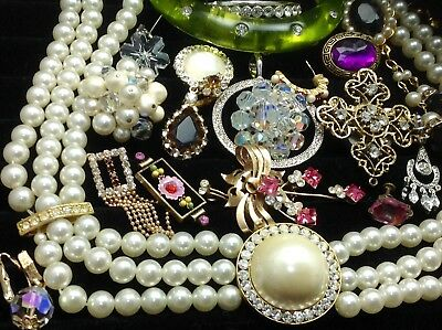 Large Lot Of Vintage~Retro Rhinestone, Crystal.. Jewelry For Repair/parts (E212)