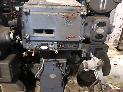 MOVIE THEATER PROJECTOR VINTAGE Super 135