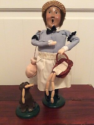 Byers Choice Carolers 1995 Retired Butcher and 1995 Dog w/ Sausages