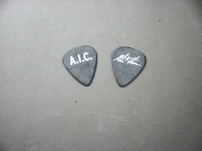 Alice In Chains guitar pick Mike Starr black bass pick AIC !
