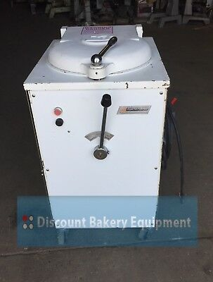 Bertrand Semi-Automatic 20-Part French Dough Divider, D20 (Rebuilt)