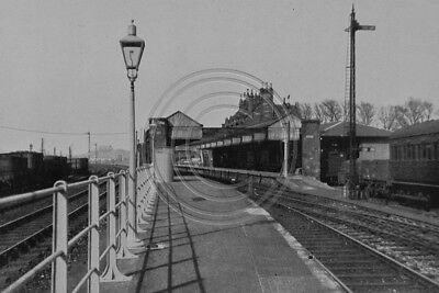 Photo 6x4 Dunbar Station View From The South East Lothian 1946