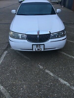 Lincoln Town Car Limousine private plate included