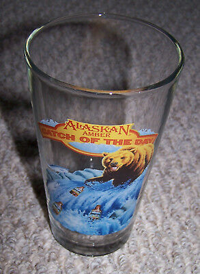 New Alaskan Amber Catch Of The Day Pint Beer Glass With Bear Fishing For Bottles