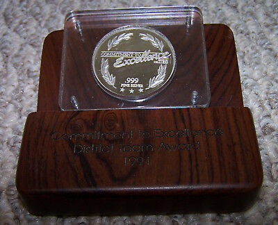 Vintage Exxon One Troy Ounce Fine Silver Coin 1991 CTE Commitment To Excellence