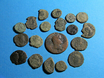 lot of (19) Ancient Roman Coins  (0310)