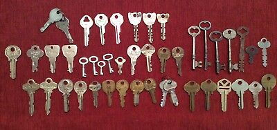 Lot Of 47 Vintage/Antique Flat, Skeleton Keys (Corbin, Atlas, Milwaukee, Etc.)