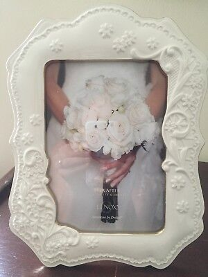Lenox Ivory Porcelain Picture Frame with Gold Trim, 5 x 7 NEW
