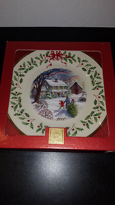 LENOX 10th Annual Holiday Collector Plate BRINGING HOME CHRISTMAS 2000 MINT Box