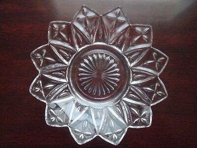 Vintage Federal Glass Petal pattern Candy / Nut Dish - Scalloped edges