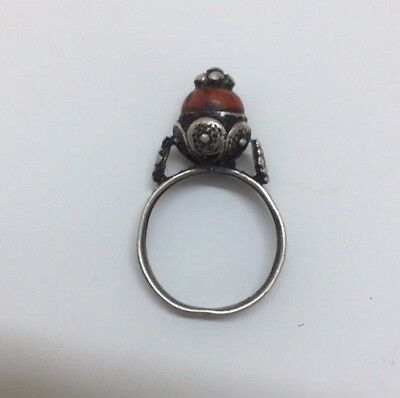 Antique Silver Yemeni Bedouin Ring handmade with Rare Red Coral Stone Size 10
