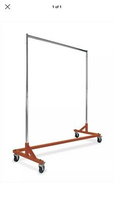 Heavy Duty Cloths Rack Comes With Wheels