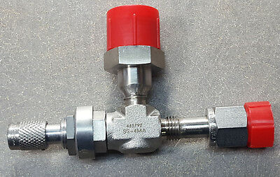 "Swagelok SS-4MA 1/4"" Compression Medium Flow Angle Metering Valve. 00-674766-00"