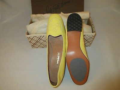 Vintage 1974 Saks Fifth Avenue yellow flats size 10 N New in box